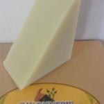 shampoing solide saponifié à froid à l'huile de ricin et argile blanche