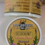 Déodorant solide, baume fleuri à l'huile de coco, karité, bicarbonate de soude et amidon de maïs